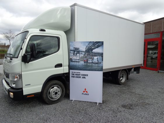 Fuso Canter 3C13 alukast laadlift