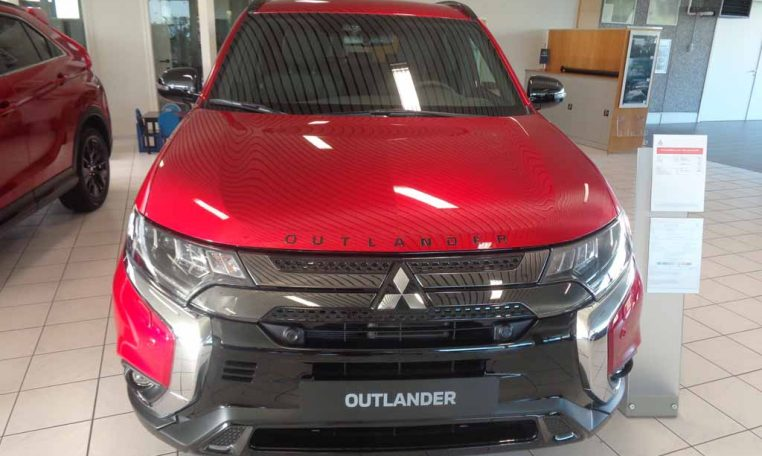 Mitsubishi Outlander Blackline MY20