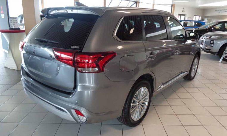 Mitsubishi Outlander PHEV instyle 2020 titanium grey